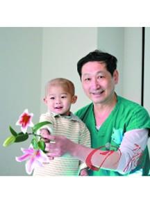 完成世界最低龄儿全腹腔镜膀胱癌手术